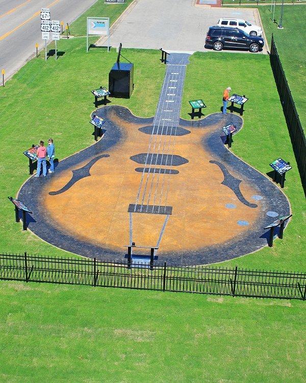 Guitar Walk
